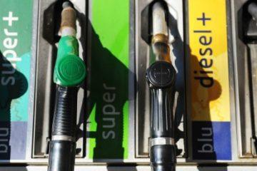 Dal primo gennaio 2017 arrivano nuovi aumenti del carburante