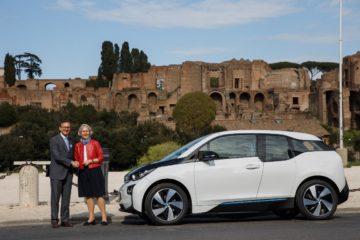 Auto e ecologia, BMW Italia consegna una i3 all'Ambasciata Tedesca