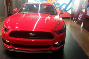 Ford Mustang, la muscle car americana è la sportiva più venduta al mondo