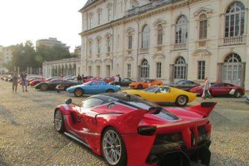 Cars&Coffe al Parco del Valentino di Torino, una serata di motori e magia