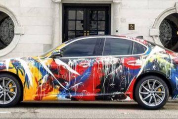 L'Alfa Romeo Giulia diventa un'opera d'arte grazie al pittore americano Elliot Webb