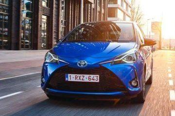 Toyota e Lexus festeggiano i venti anni dell'ibrido al Salone di Torino
