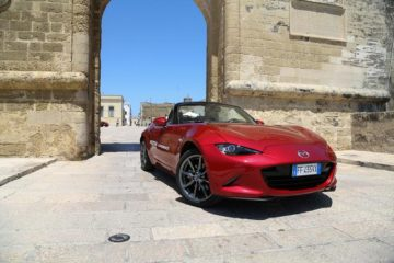 Tra le bellezze della Puglia, la Mazda Drivetogether Experience