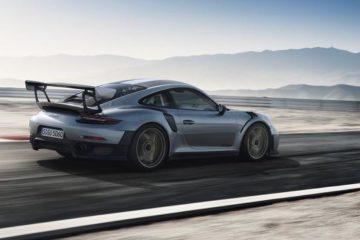 Porsche presenta la 911 stradale più potente della storia. E' la GT2 RS