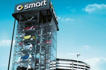 Smart festeggia i suoi primi 20 anni. L'auto che ha rivoluzionato la mobilità urbana