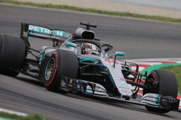 The Hammer Lewis torna in pole al Gp di Spagna. Secondo Bottas, terzo Vettel