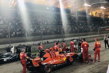 GP del Bahrain, Leclerc e la Ferrari volano. Prima pole position in carriera