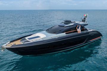 Riva 66 Ribelle, lo yacht dallo stile e dal confort fuori dall'ordinario