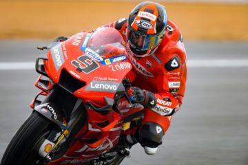 Motogp, Danilo Petrucci super. Vince il suo primo GP al Mugello davanti a Marquez e Dovizioso
