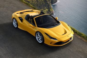La Ferrari lancia il video della nuova F8 Spider girato sulle strade della Monterice