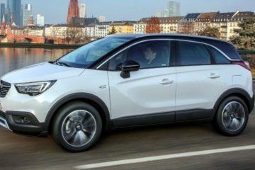 """Una Opel Crossland X che non ne vuole sapere di andare """"dritta"""""""