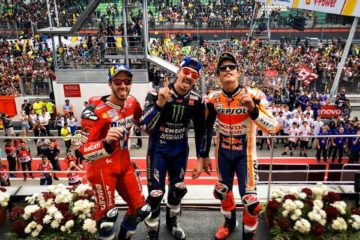 MotoGp, vince Vinales davanti a Marquez. Dovizioso lotta con Rossi e sale sul podio