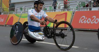 Grave incidente in handbike per Alex Zanardi. Trasferito in ospedale in elicottero