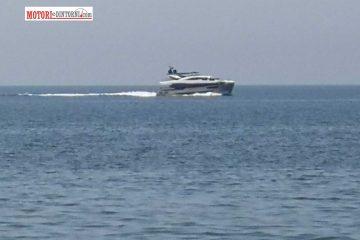 Superyacht in rotta verso Marsala, ma il porto non può ospitarlo…
