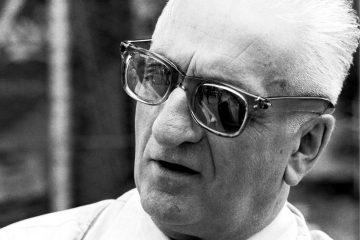"""Enzo Ferrari, l'uomo che ha dato """"un'anima"""" alle auto"""