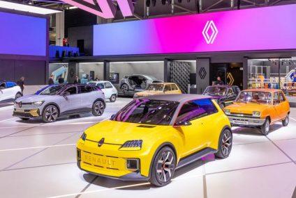 La Renault 5 si avvicina ai 50 anni. La Prototype 5 incontra le antenate a Monaco